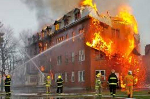 Just In: Makola Market in fire, properties destroyed.